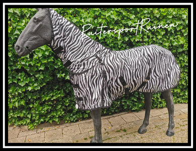 Zebra vliegendeken afneembare hals PR21